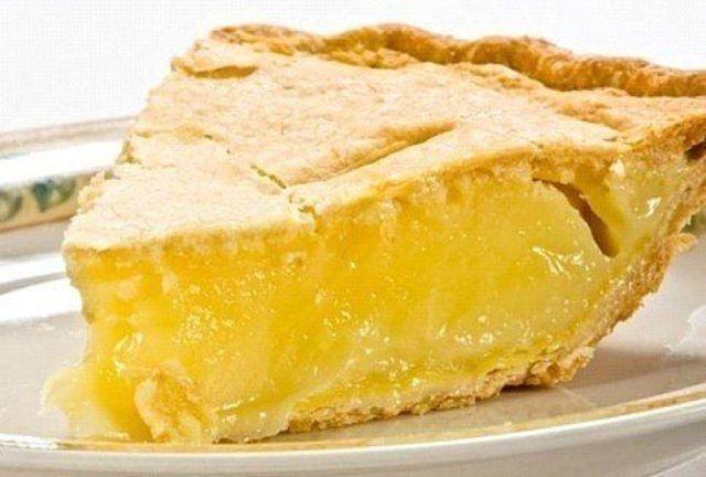 Нежный лимонный пирог. Рецепт мама «принесла» из гостей много лет назад.