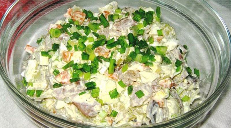 Салат «Прибой» с селедочкой. Простой и очень вкусный
