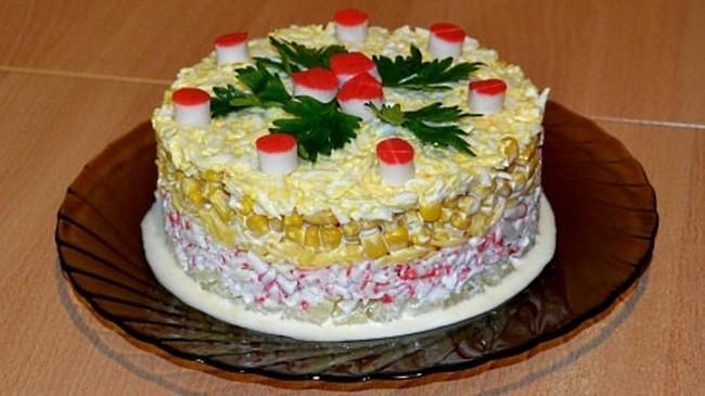 Салат ананасовый слоеный. Вкуснейшая закуска на новогодний стол
