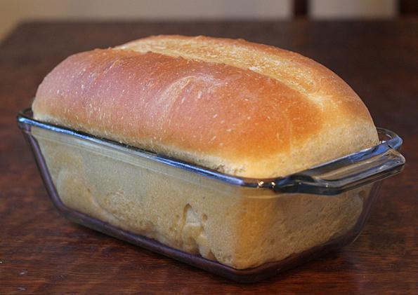 Самый вкусный домашний хлеб. Корочка получается хрустящей, а сам хлеб мягенький и пушистый