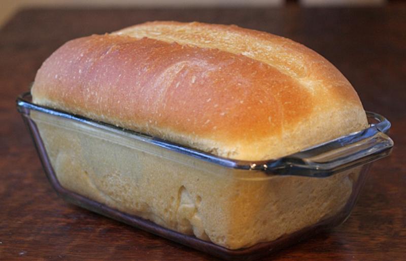 Вкусный домашний хлеб с хрустящей корочкой. Очень мягенький и пушистый