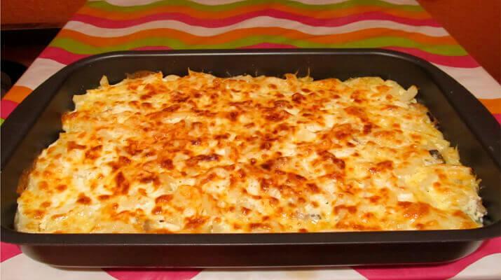 Запеканка из тертого картофеля с сыром. Быстро, сытно и очень вкусно