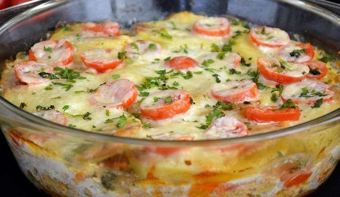 Запеканка картофельная с фаршем и овощами