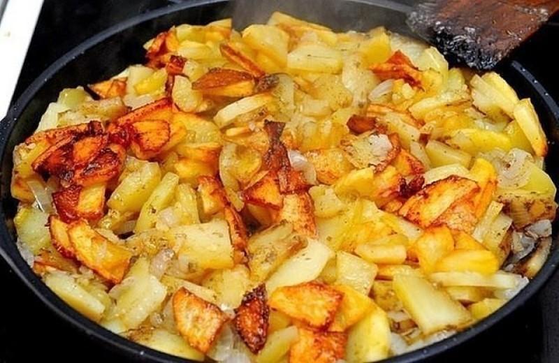 Жарим картошку правильно: 6 драгоценных правил