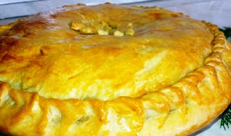 Праздничный пирог с мясом. Сочная начинка и тесто без дрожжей