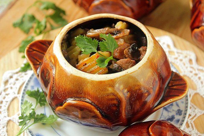 Вкуснейшие блюда в горшочке. 9 отличных рецептов