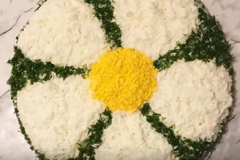 Салаты на 8 марта. 8 простых и вкусных рецептов