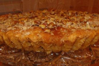 Не какая-то «бабушкина выпечка», а пирог, который подают в модных ресторанах. Пеку второй раз за неделю, очень вкусно.