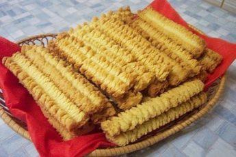 Вы должны ЭТО попробовать: рецепт восхитительного печенья «песочные палочки»