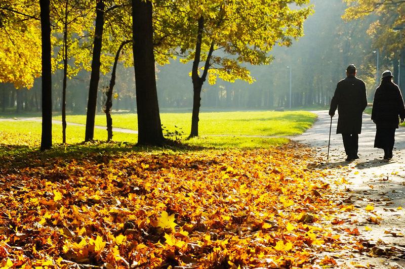 pensioners-walking